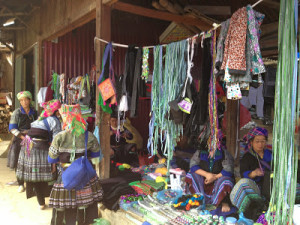 Vietnam nord : femmes Mongs
