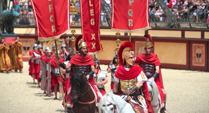 puy du fou spectacle gladiateur