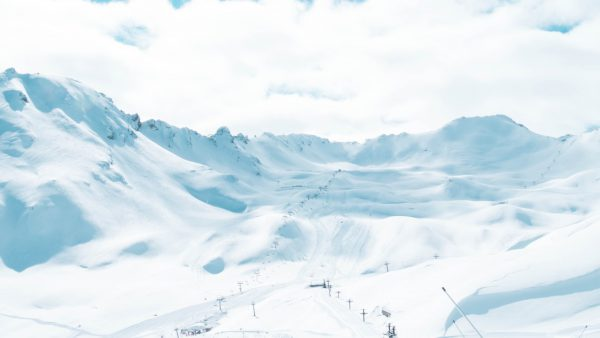 Val d'Isère : station de ski mondiale et charmant petit village de haute montagne