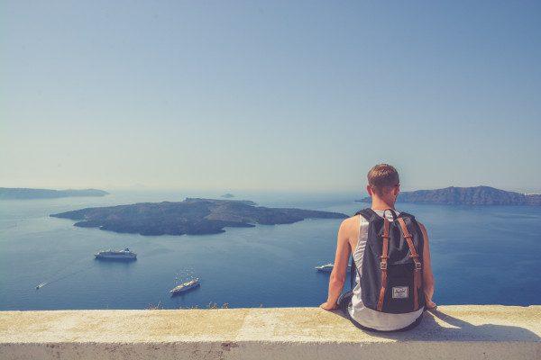 Vacances : les 5 essentiels masculins à ne pas oublier cet été