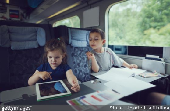 activites-occuper-enfant-train