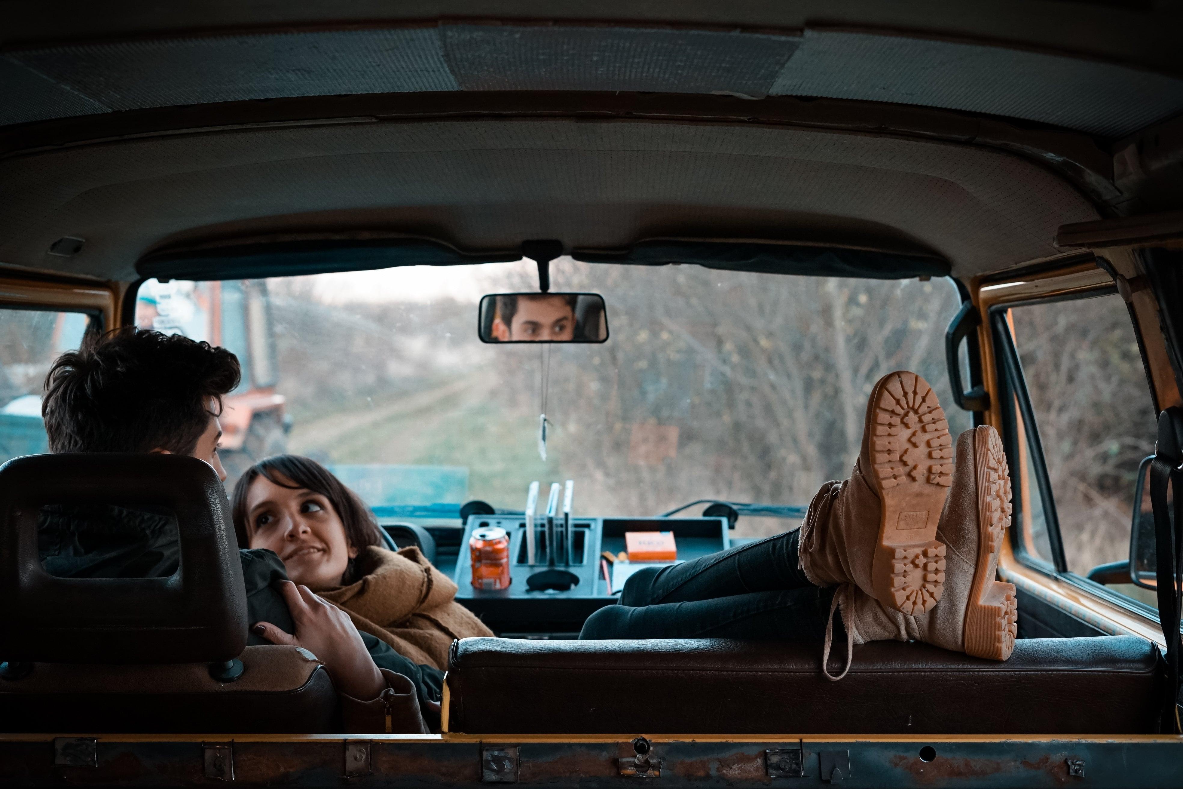 Rendre les longs trajets en voiture plus agréables