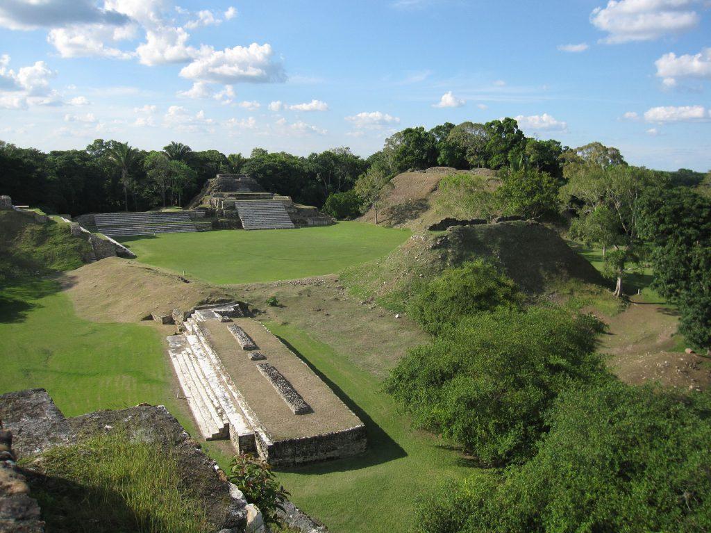 Les ruines du site archéologique de Altun Ha