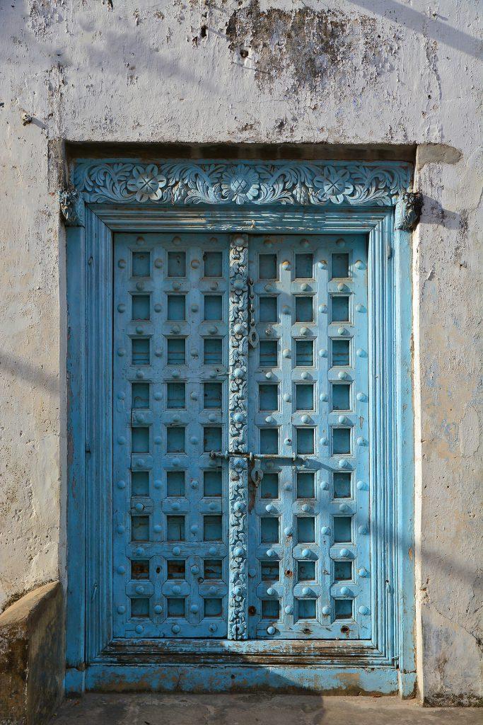 Porte traditionnelle de Zanzibar