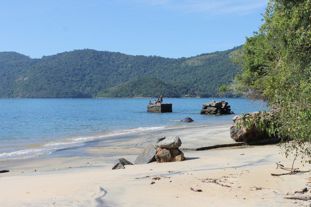 Une plage d'Ilha Grande au Brésil