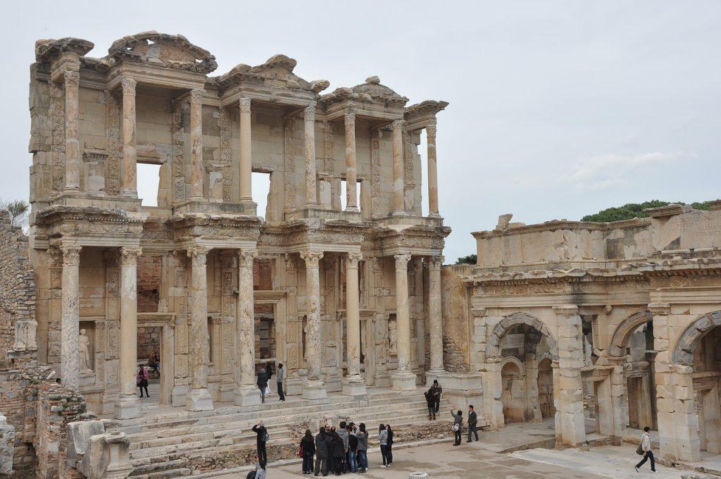les vestiges de la cité antique d'Ephèse