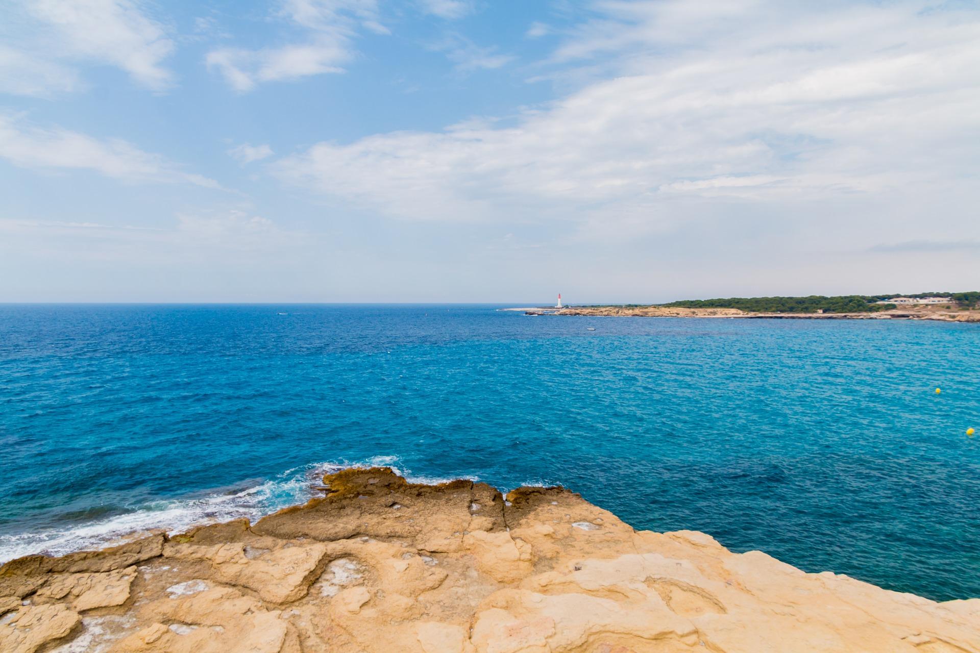 Vacances d'été : Hérault ou Gard ?