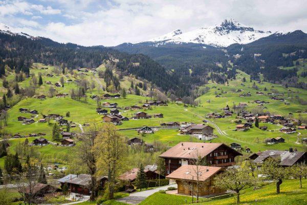 S'installer à la montagne : avantages et inconvénients