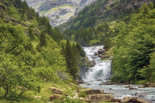 Top 11 des sites incontournables à voir dans les Pyrénées